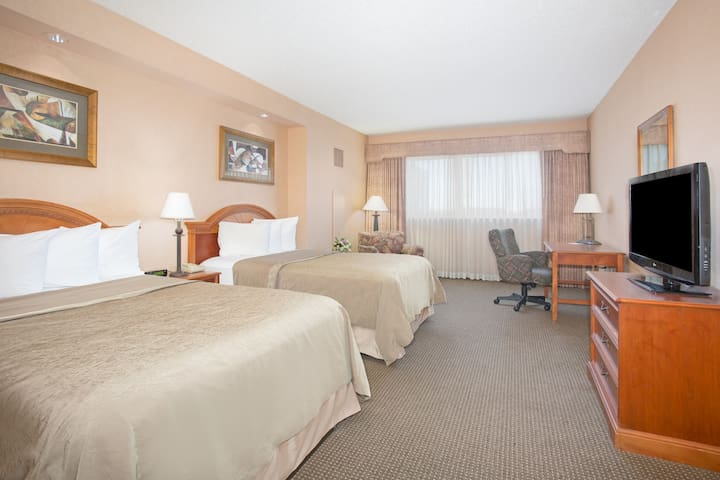 Discover Our First-Class Topeka Hotel