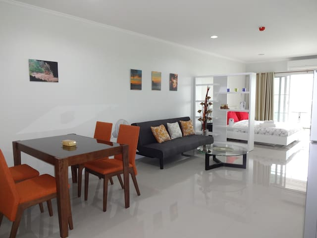 Big Studio 52m², Heart of Hua Hin, nice view - Tambon Hua Hin - Lägenhet