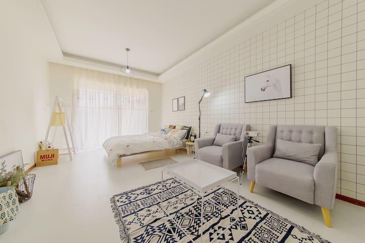 A.家庭影院 近理工大师大云大翠湖北欧公寓 - Kunming - Apartment