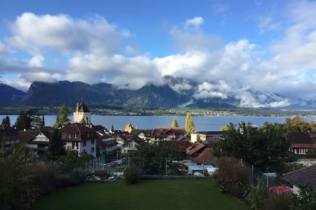 Charming Lake View Apartment - Oberhofen am Thunersee