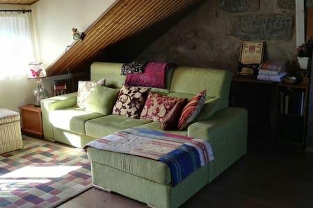 Casa rural con ático independiente - Pontevedra - 단독주택