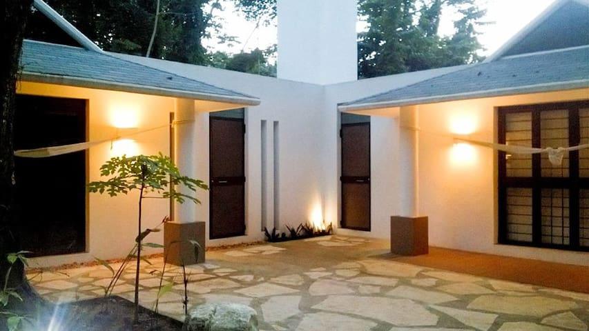 Cabaña y lujo en la selva. - Palenque - Бунгало