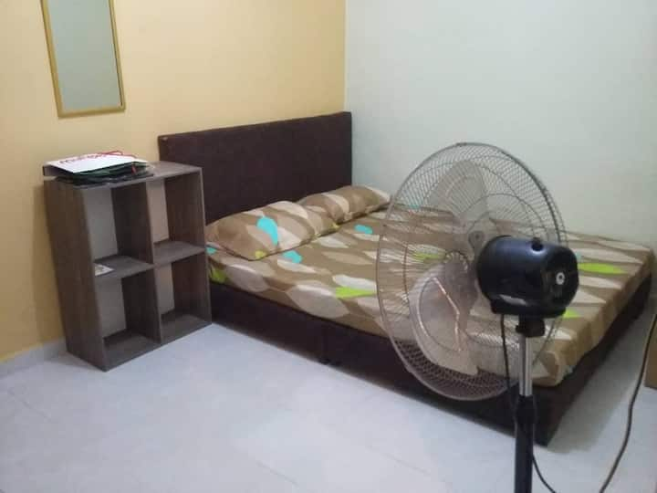Homestay 55-min Walking Distance to Bukit Bunga