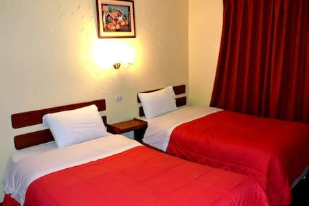 MachuPicchu Pueblo - Hab doble ( 2 camas ) - Aguas Calientes - Bed & Breakfast