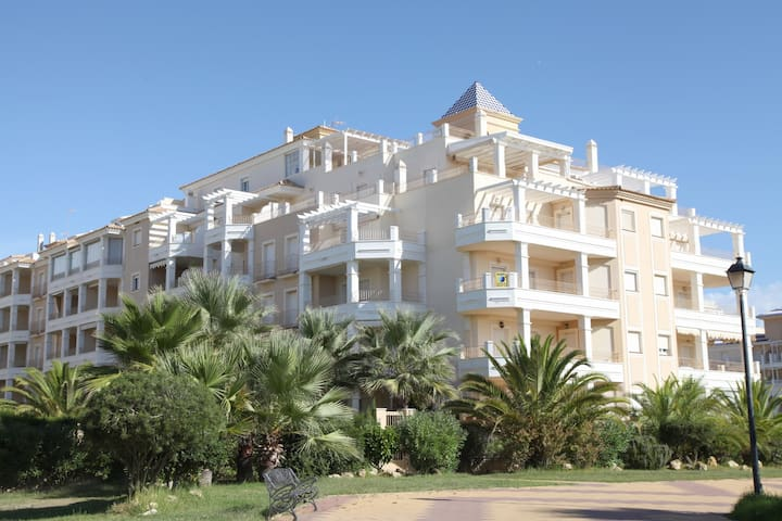 Isla Canela new family 2 bedrooms apartment front line beach