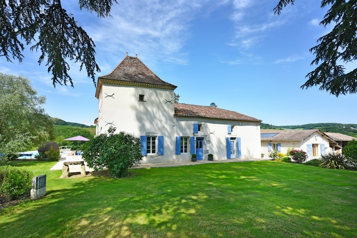 Manoir de Luxe with stunning views