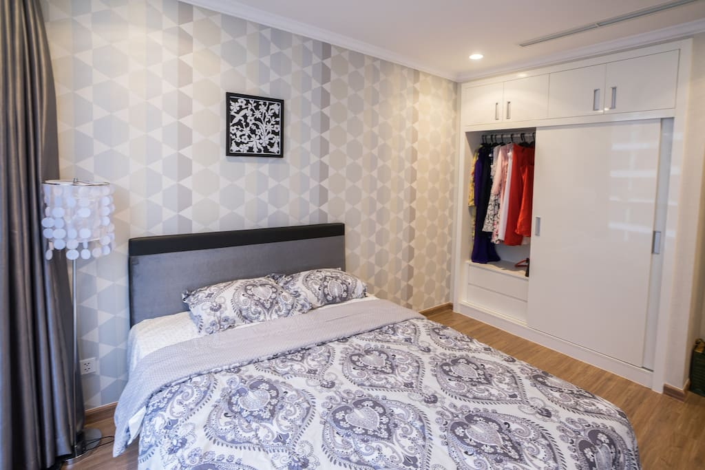 master bedroom with spacious closet