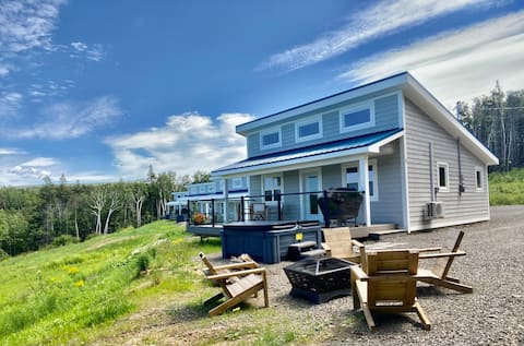 Modern Ocean view Cottage with Hot Tub (#5)