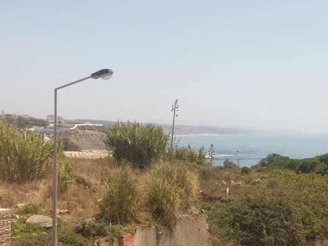 Friendly family house, in the heart of Ericeira