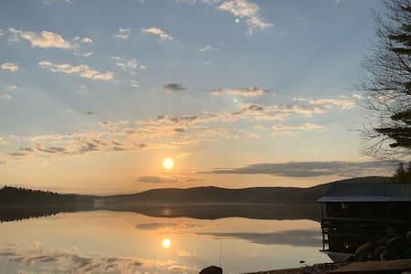 Lakefront Adirondack Cabin — Eldorado Lodge