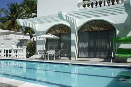 Villa Lagos Peñon private pool parties - El Peñón - Vila