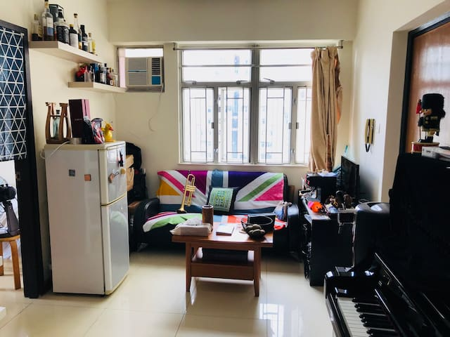 Sheung Wan Soho flat on 20F with city view