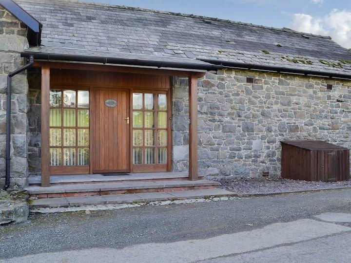 Brnafon Cottage - UK10248 (UK10248)