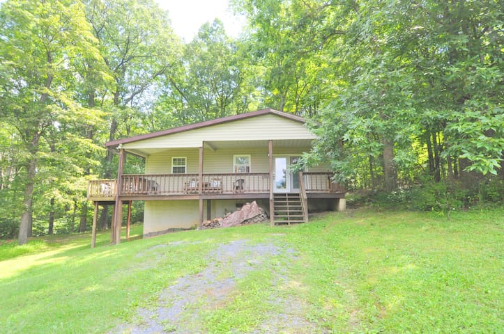 Airbnb  Berkeley Springs - Vacation Rentals  Places To-3137
