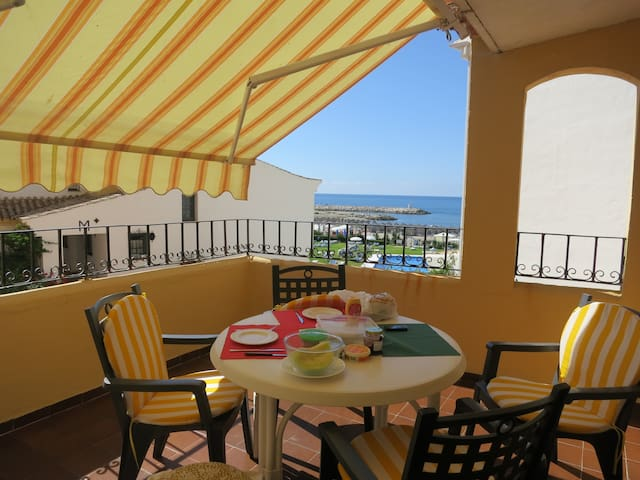 Perfect front sea situation : Sol y Mar Maravilla - Marbella - Flat
