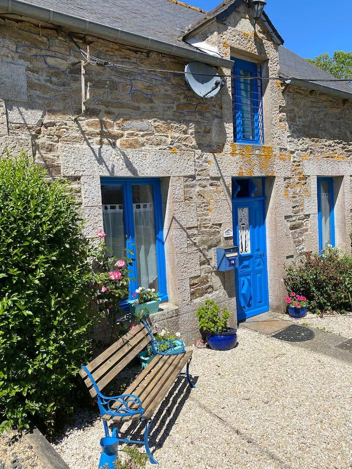 Blue Cottage Maison de campagne Cœur de Bretagne