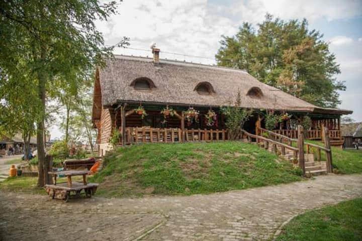 """Eco-Economy Orlov Put - Room 6 For 1 person""""oak"""""""