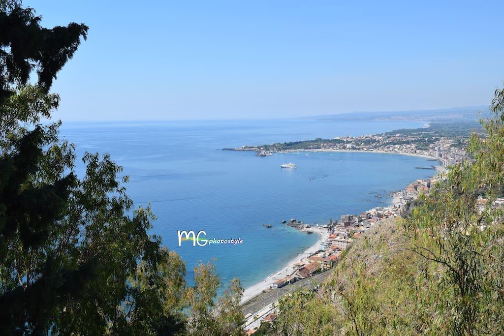 Vista mare di Taormina