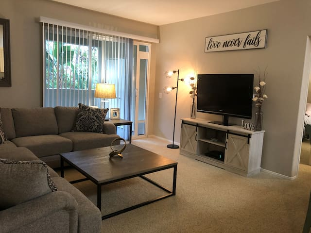 Pristine Farmhouse Style 1Bd/1Ba Apartment