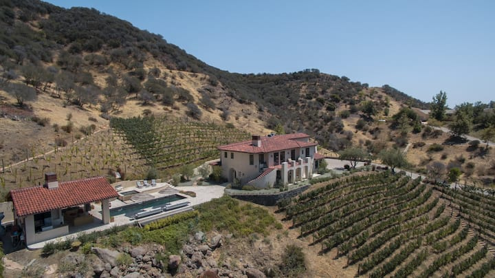 Mountain Vineyard Estate