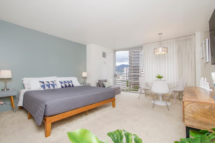 FI91-NEW*FREE PRK* location spacious studio/waikiki