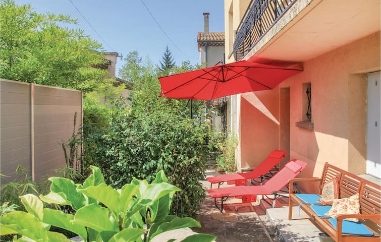 Holiday apartment with 1 bedroom on 38 m² in Crest