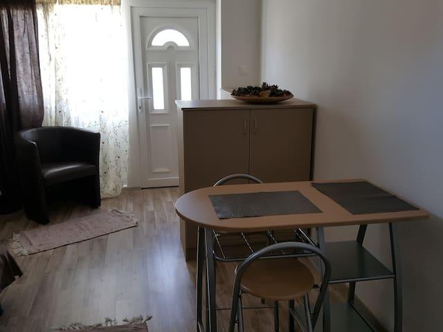 Hangulatos minigarzon - Hidegség - Apartment