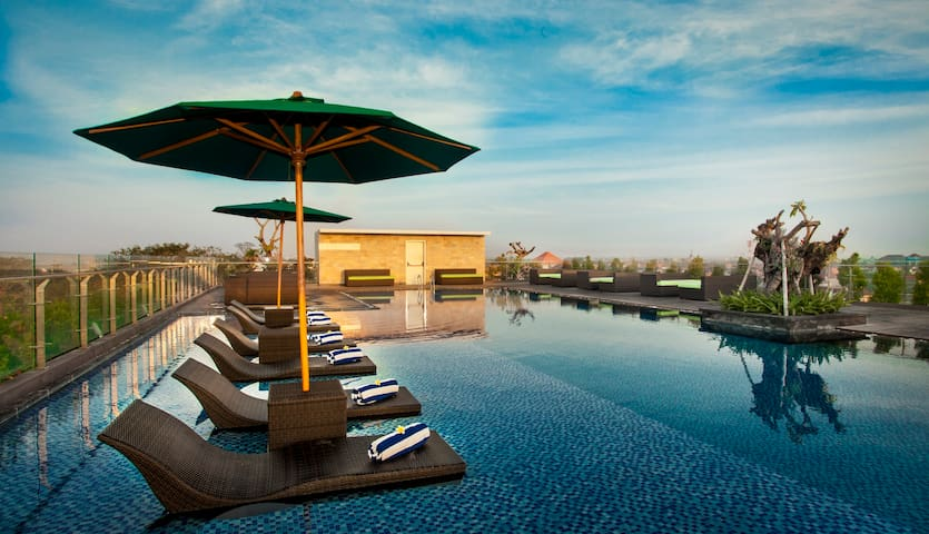 H Sovereign Bali  Boutique Hotel - South Kuta - Bed & Breakfast