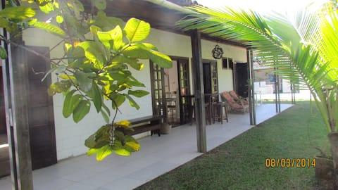 Casa com Piscina,  Praia do Pernambuco Guarujá
