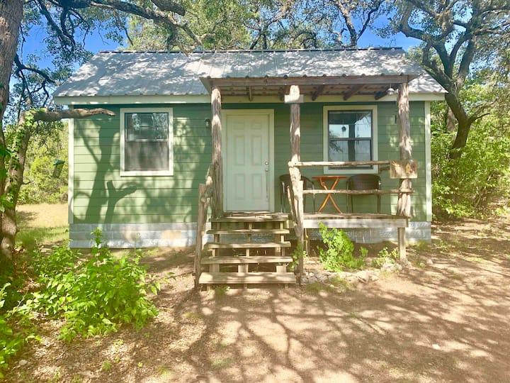Songbird Meadows Bed & Breakfast Chickadee Cottage