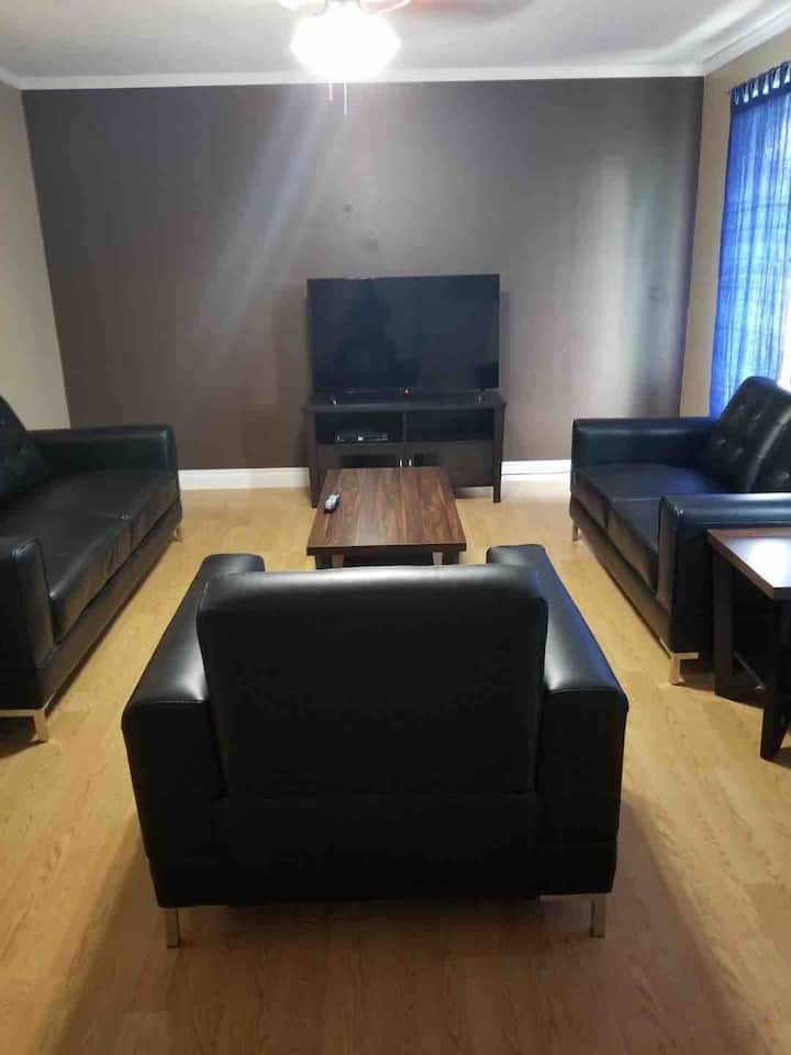 Beautiful furnished Basement in Drayton Valley