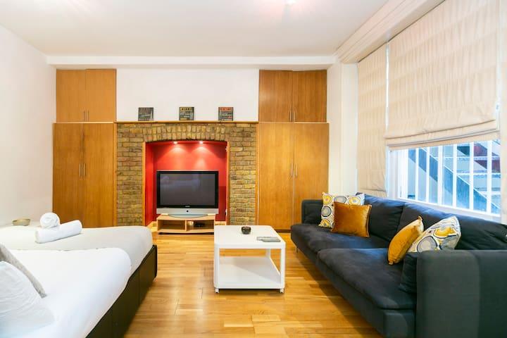 Amazing Notting Hill/Hyde Park Spacious Studio