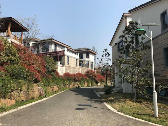 天目湖步行可达 金桥国际别墅联排精致双房 - Changzhou - Raðhús