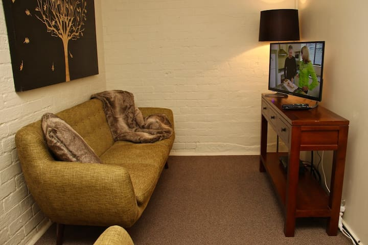 Cosy 1BR unit in the heart of Scone