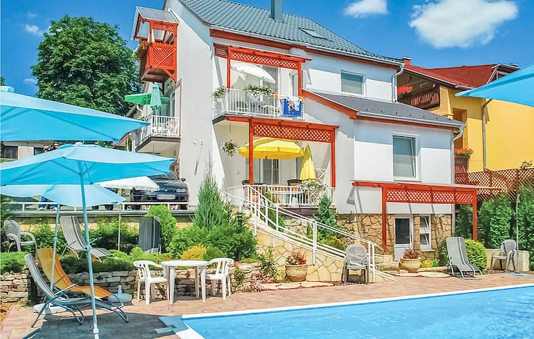 Holiday apartment with 2 bedrooms on 48m² in Hévíz