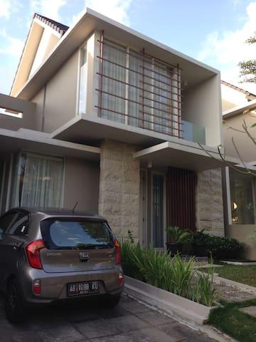 EMM's Joyful Home