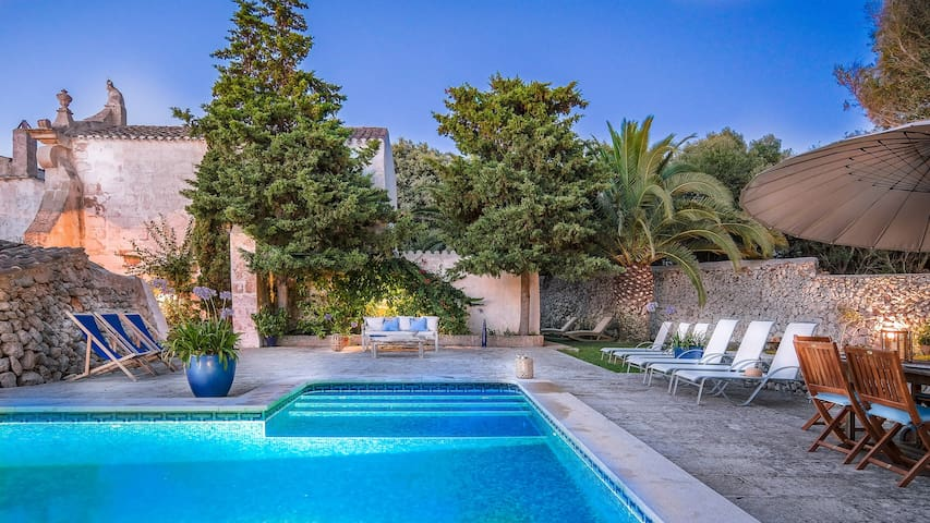 Historic property on the East coast of Menorca (S'Uestra)