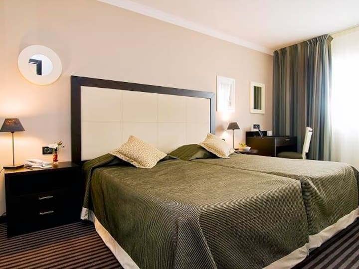 Chic and Spacious suite with balcony near Croisette and beaches
