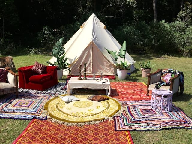 "Wombarra  Glamping  ""rainforest by the sea""1"