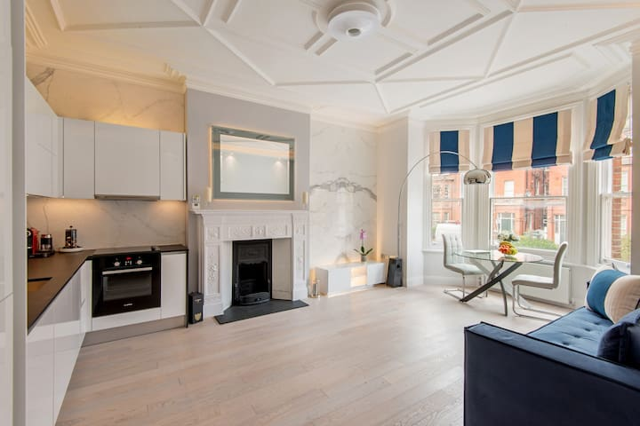 Luxury 2bed/2bath Hampstead - London