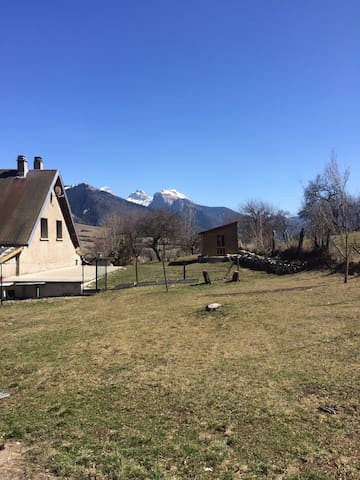Les Versannes maison d'étape dans les Alpes
