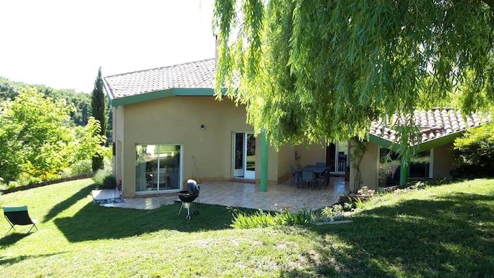 Villa grand jardin au calme proche Toulouse