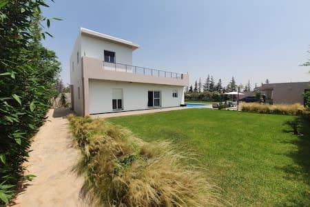 Villa piscine L'Oasis Two