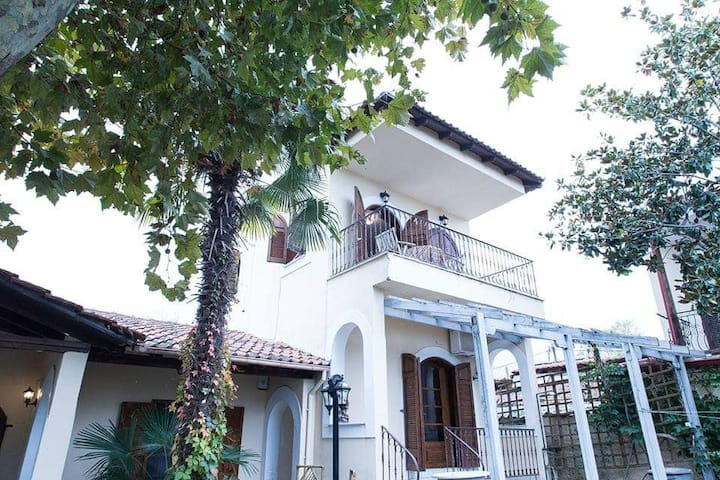 Platamon village house