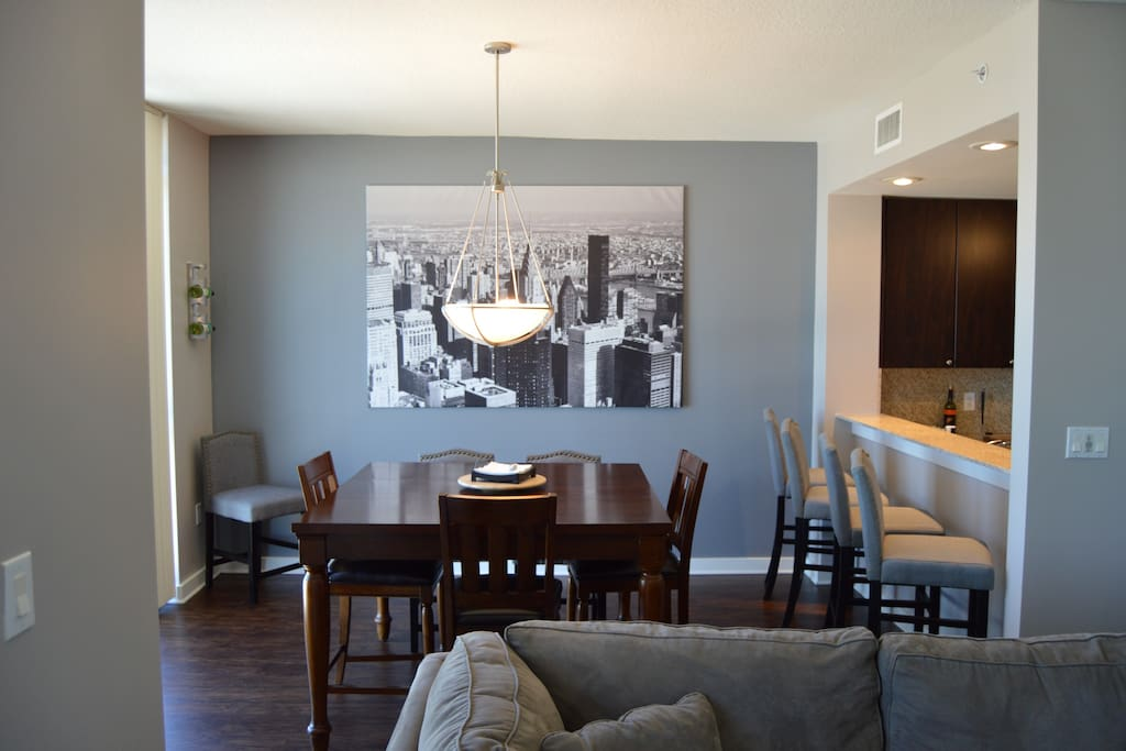 Dinning Room Over Looking the City