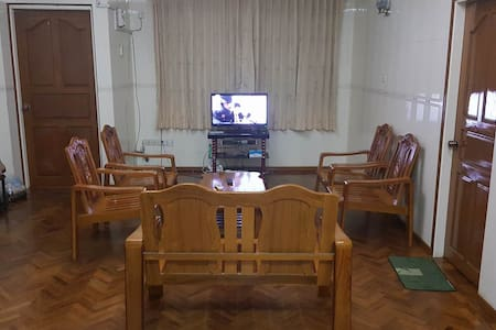 Room for rent in Yangon - Appartement