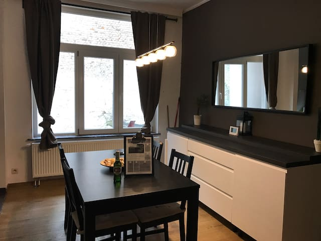 Superbe appartement moderne à Bruxelles de 60m2 - Schaerbeek - Apartment
