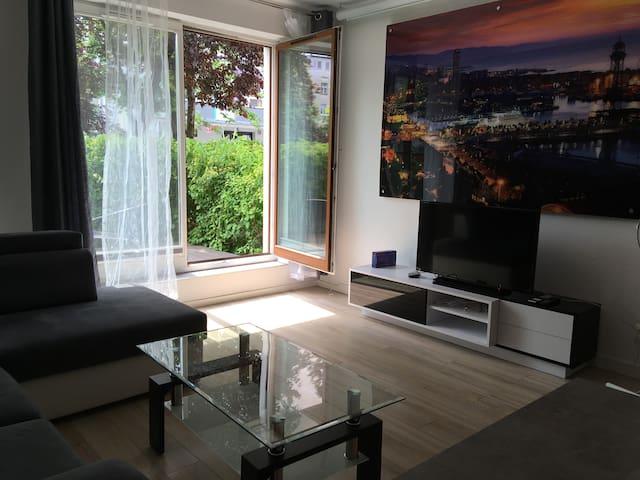 Comfy 2-room apt. with garden 5 min. from Rynek