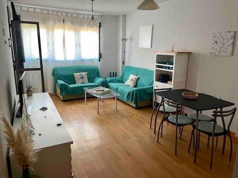 Apartamento familiar a 50 metros de Playa Delicias