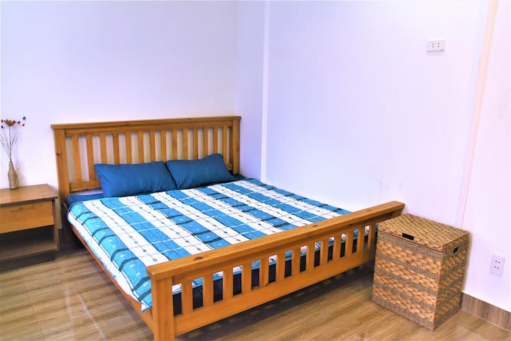 ♥Bright Cozy Room with Rooftop Garden in D2♥
